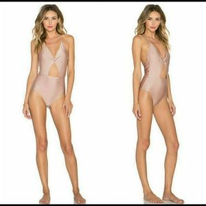 New 6 shore road divine one piece Sz S in rose!